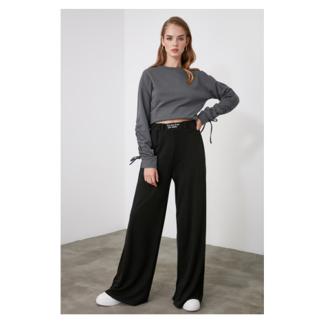 Trendyol Wide Leg Knitted Trousers with Black Embroidery