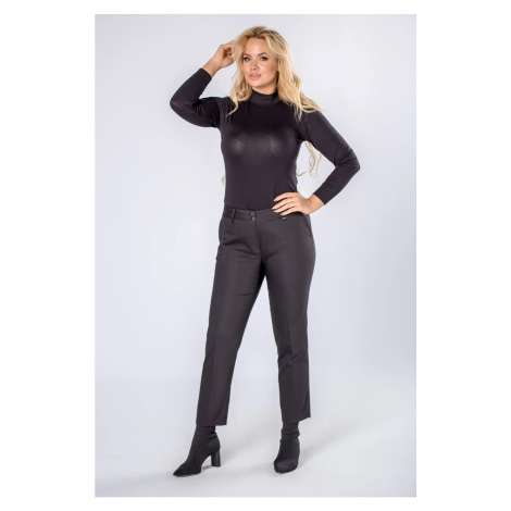 cigret pants with creased legs
