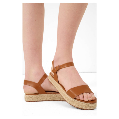 Sandály na platformě Orsay
