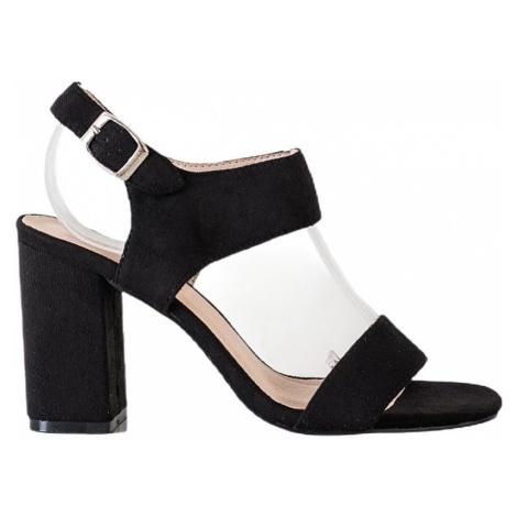 černé sandály na sloupku vinceza