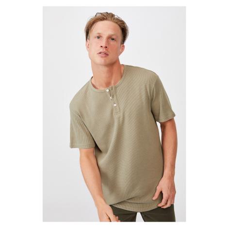 Khaki tričko Henley