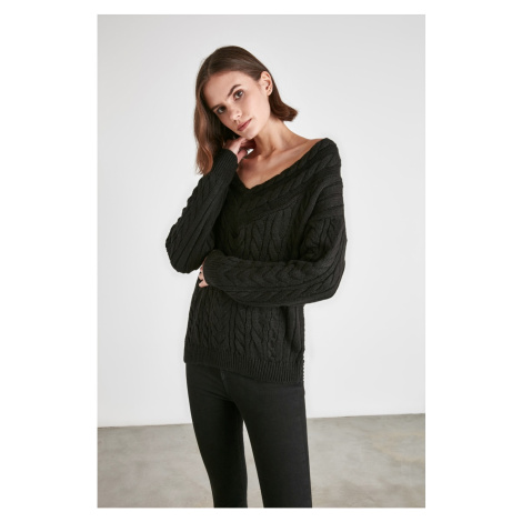 Trendyol Black Knitted Knitwear Sweater