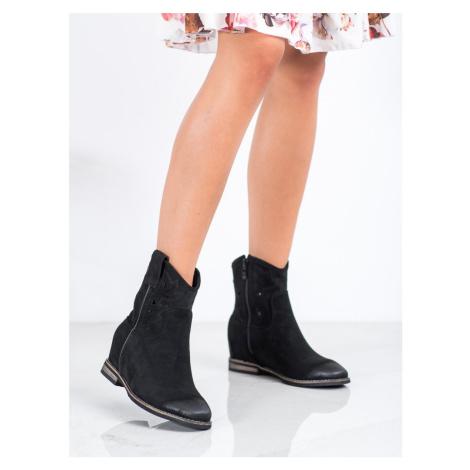 Krásné dámské  kotníčkové boty černé na klínku VINCEZA