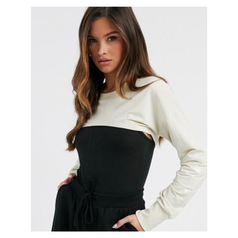 Hummel super cropped sweatshirt in cream