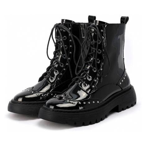 Módní kožené boty gothic šněrovací obuv s kovovými aplikacemi