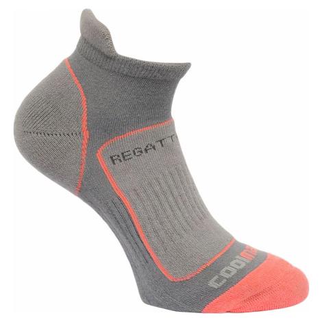 Dámské ponožky Regatta RWH030 Trail Runner Světle šedé