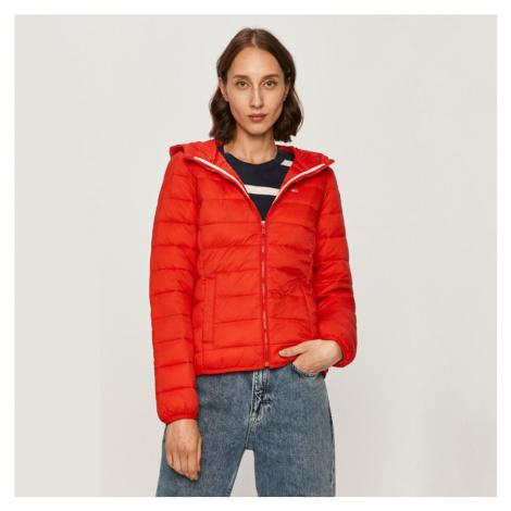 Tommy Jeans dámská červená prošívaná bunda s kapucí Tommy Hilfiger