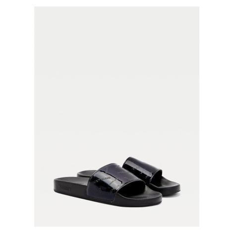 Tommy Jeans dámské černé pantofle Iridescent pool slide Tommy Hilfiger