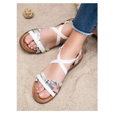 Krásné  sandály dámské bílé bez podpatku SMALL SWAN