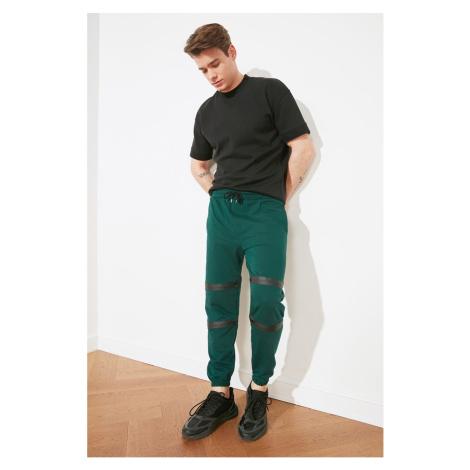 Trendyol Oil Men's Regular Fit Tracksuit bottom