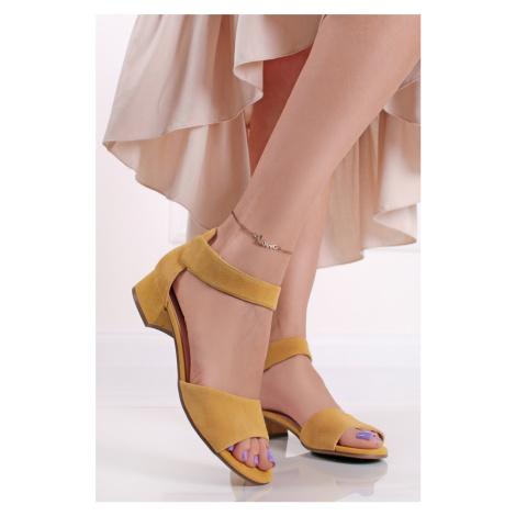 Žluté kožené sandály na hrubém podpatku 9-28212 Caprice