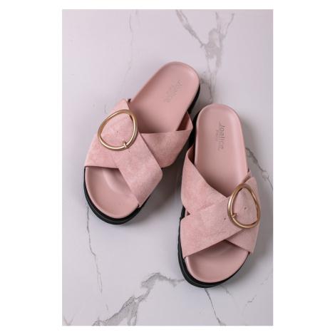 Růžové semišové nízké pantofle Barbara Bestelle