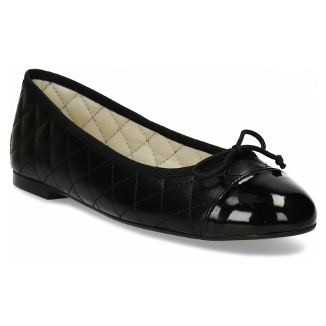 Černé dámské baleríny kožené Baťa
