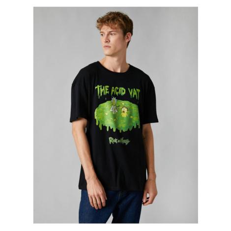 Koton Men's Black Rick And Morty Licensed Crew Neck Short Sleeve Tshirt