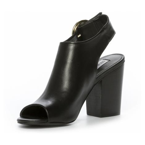 Černé kožené sandály - STEVE MADDEN