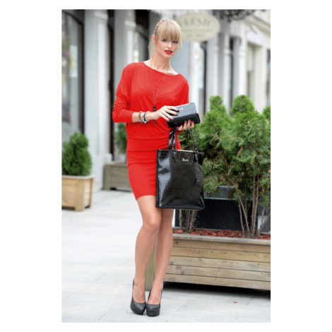 Šaty s netopýřími rukávy barva červená