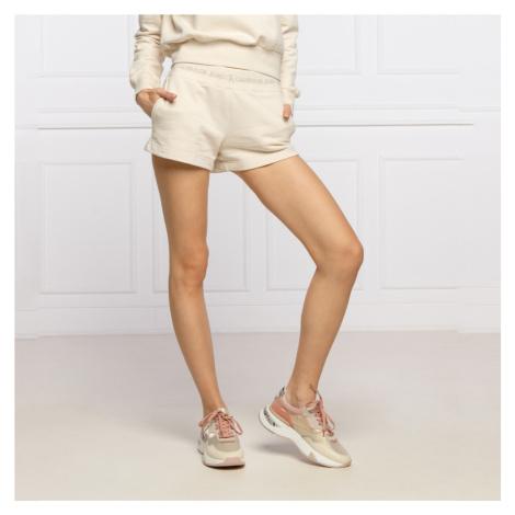 Calvin Klein dámské béžové šortky